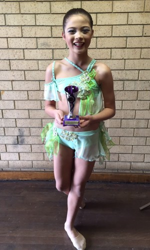 Jasmine Healey in mint  costume